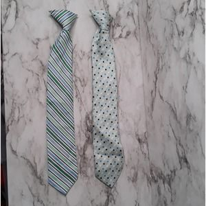 Clip on neck ties lot of 2 Blue, green, and white